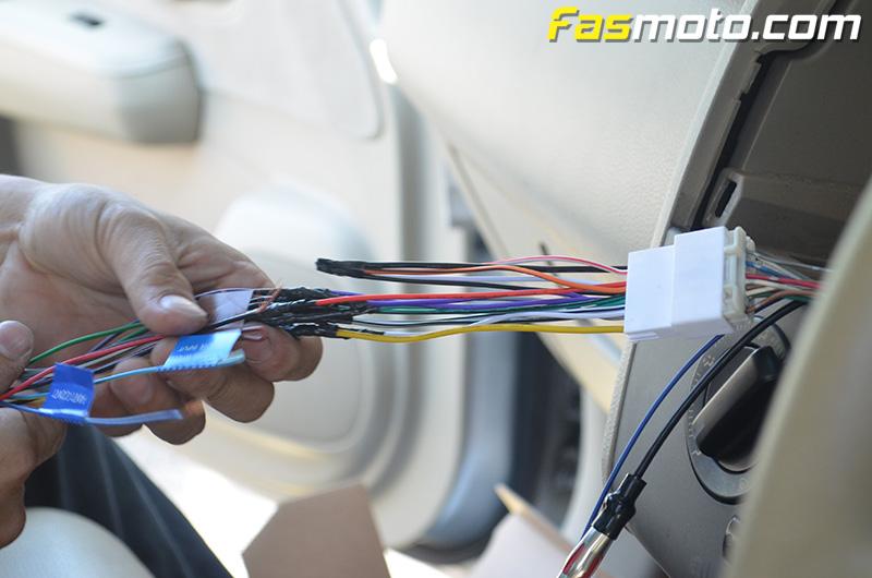 fasmoto-kenwood-kmm-bt302-nissan-latio-installation-06