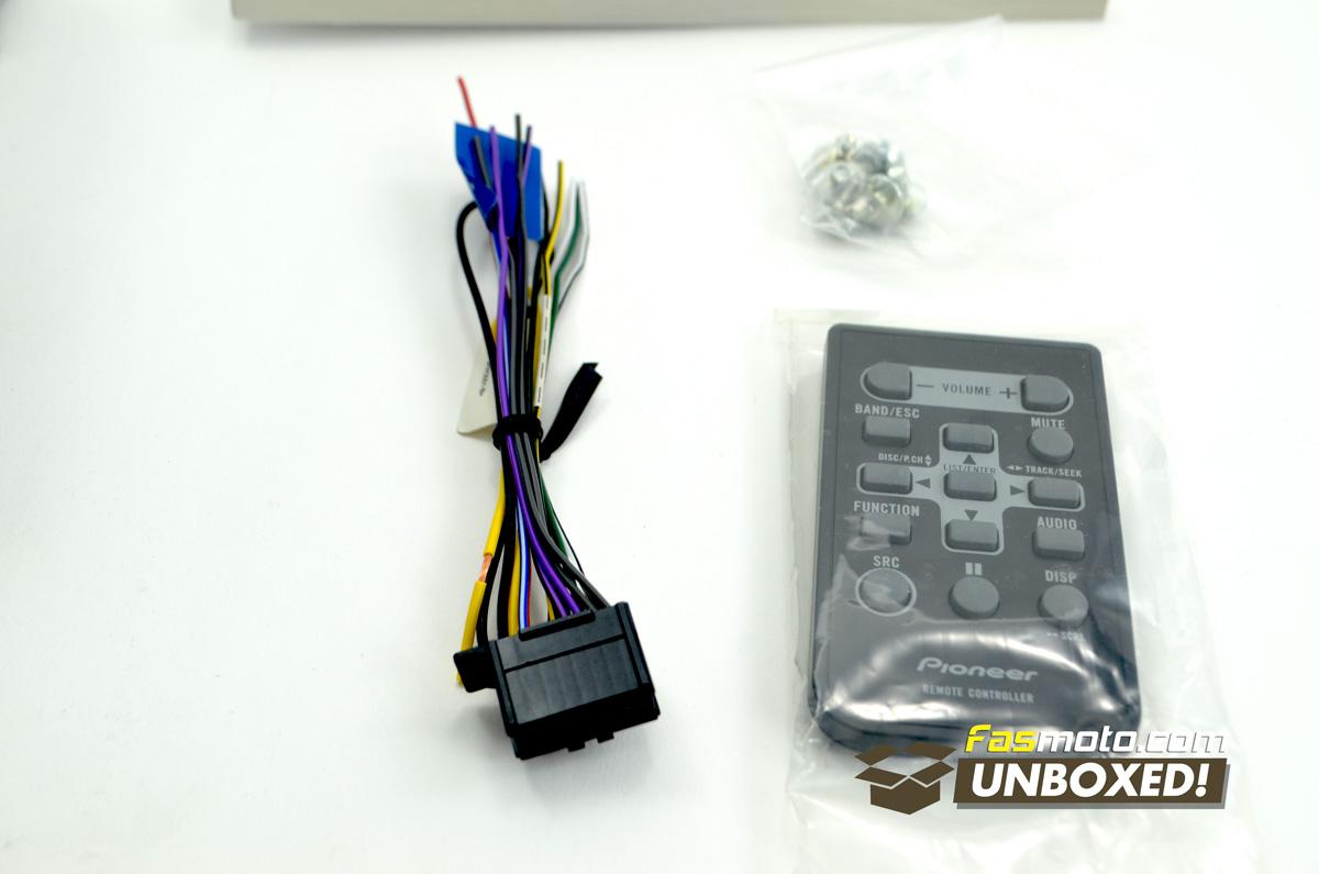 pioneer-fh-x555ui-fasmoto-unboxed-05