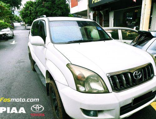Pit Stop: Toyota Prado PIAA Wiper Change